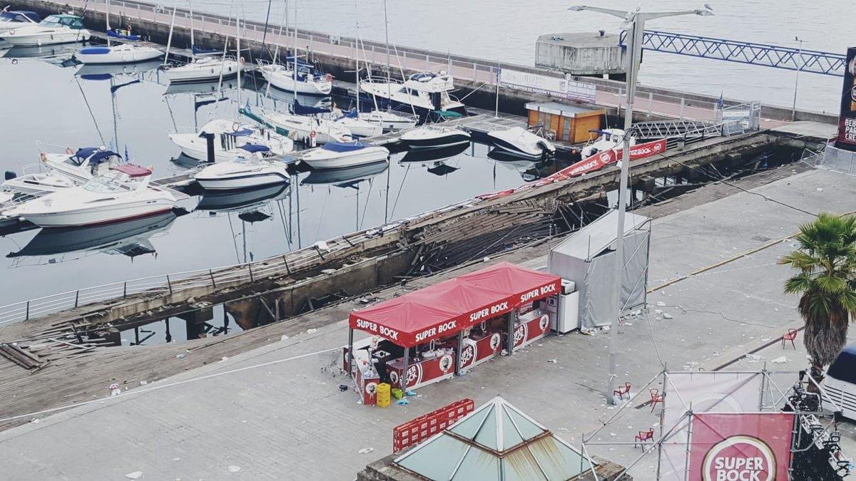 Hundreds injured in Spain festival promenade collapse